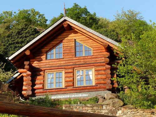 Blockhaus Holzhaus Grenzvogt Rheinsteig Ferien Kaub